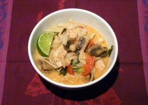 Soupe thaïe au poulet à la mijoteuse. #recettes# mijoteuse #marathonmijoteuse