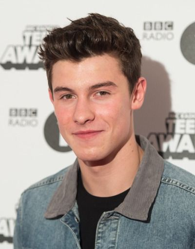 Shawn Mendes arrives at the BBC Radio 1 Teen Awards in London, England - 23 Oct 2016
