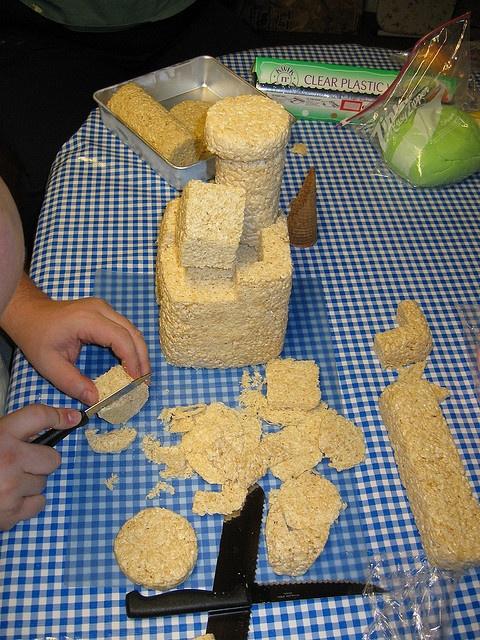 Princess Castle Cake - Step 2 by Krazy Kake Bakers
