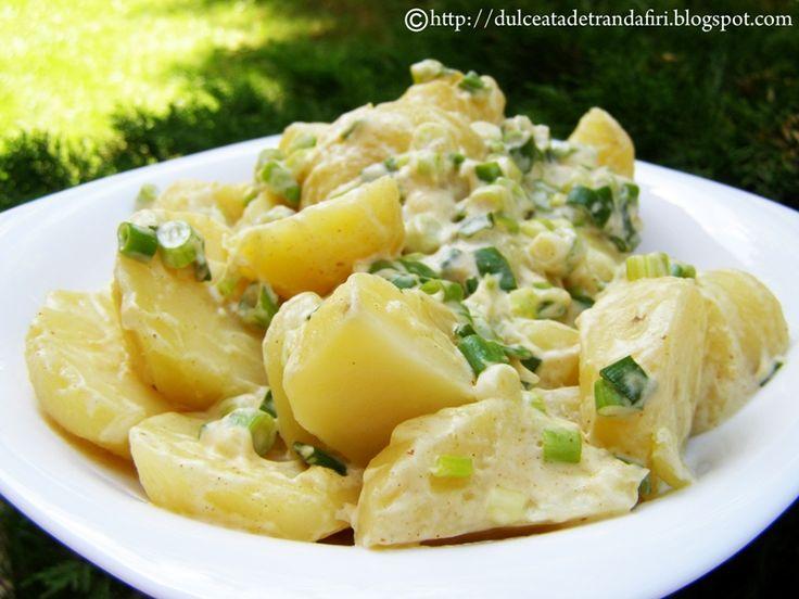 Reteta culinara Salata de cartofi noi din categoria Mancaruri de legume. Cum sa faci Salata de cartofi noi