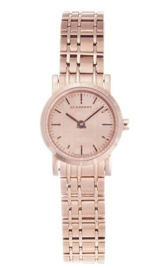 #Burberry adds soft plaid to a rose gold women's watch. | @burberry on #Outlet77 #fashion