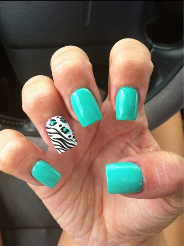 I've just started loving animal print and this so cute to me!!