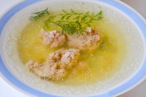 reteta supa de pui cu galuste de maruntaie