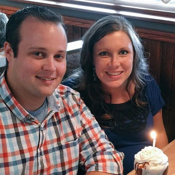 '19 Kids And Counting' Josh Duggar Home For Birthday Wife Anna's Baby News After Rehab Stint? #news #fashion