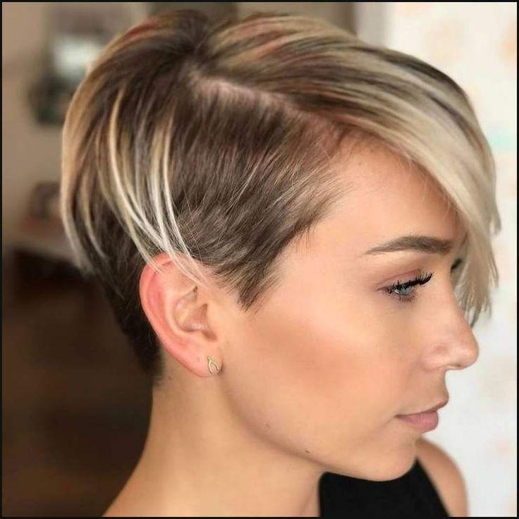 Die besten 25 neueste Haarschnitt Ideen auf Pinterest   Neueste ...   Einfache Frisuren