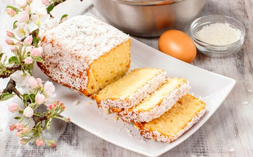 FLUFFY AND MOIST COCONUT CAKE RECIPE