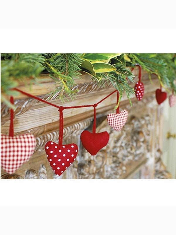 Adorable Swedish heart garland.