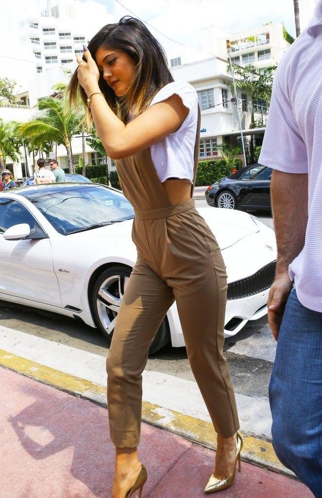 Kylie Jenner Photos: Scott Disick and Kourtney Kardashian Get Lunch with Kylie