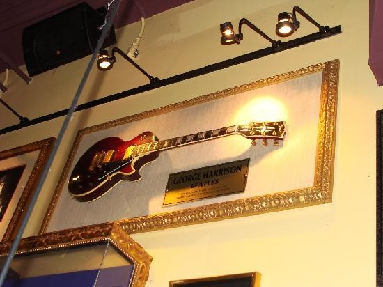 Guitar On Wall Idea For Second Bedroom Sachin