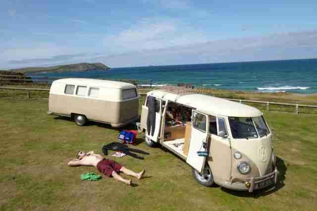vw bus and dub box trailer :dub-box-usa.comBuses, Campers Trailers, Dub Boxes Campsite, Vw Bus, Travel Trailers, Volkswagen Bus, Sewing Machine, Vw Vans, Dub Boxes Travel