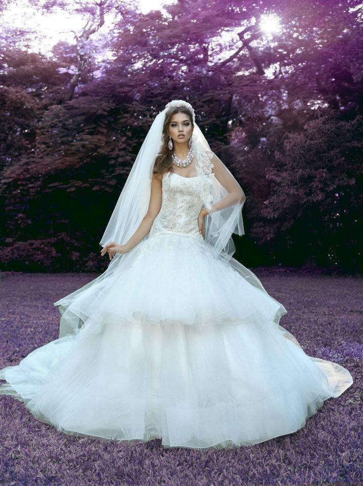 One of Kind Jorge Manuel Wedding Dresses