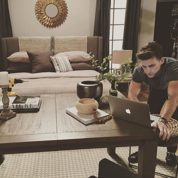 """""""Living beautifully does not mean living expensively. Living beautifully is about creating a ceremony for everything you do in your home, and taking pleasure in the way you do those things."""" -Jeremiah Brent. *Click to find some of @jeremiahbrent's favorite Living Spaces pieces! #BehindtheDesign"""