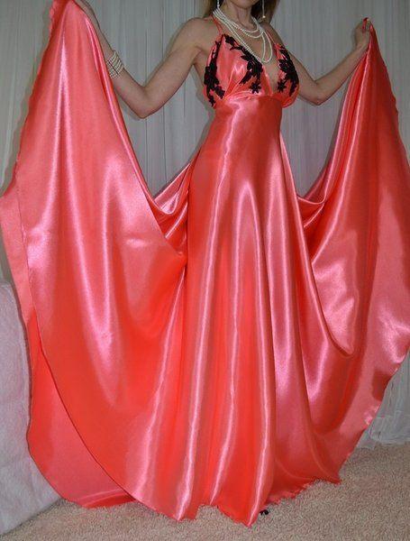 Vintage Lingerie Fashions Silky Satin Slip FULL Sweep ...