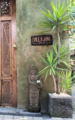 someone recommends this place to stay in Seminyak Bali. Gorgeous villa with private staff right in the middle of the action in Seminyakm