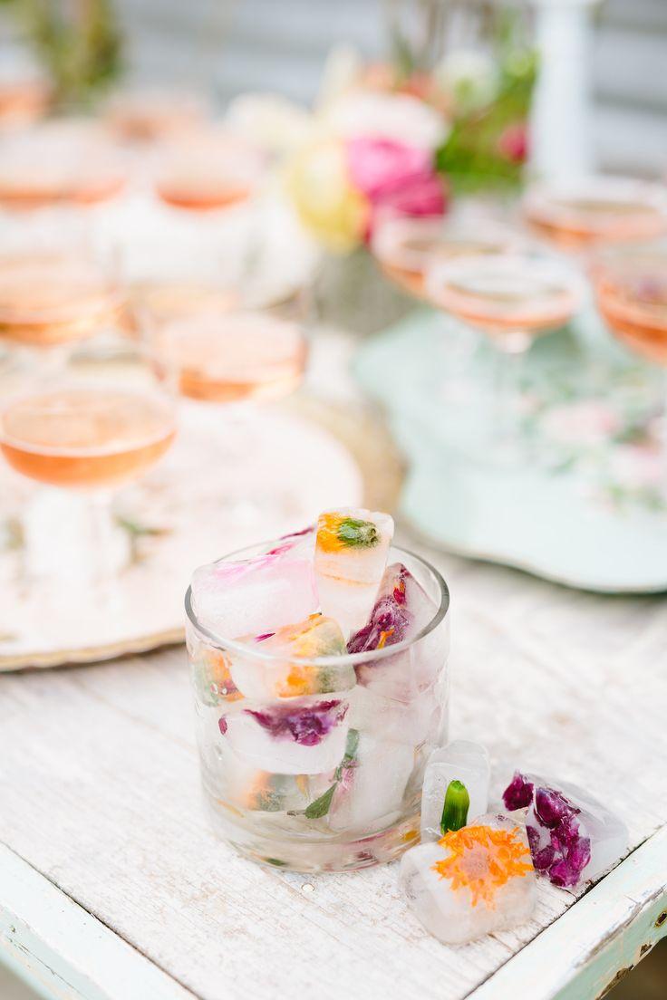 Unique Bridal Shower Cocktails | Photography: Sweet Laurel Bakery