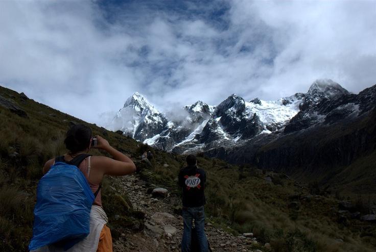 Santa Cruz Trek, Cordillera Blanca, Peru  http://www.21articles.com/Article/1166/The-Top-8-Hiking-Trails-Around-the-World