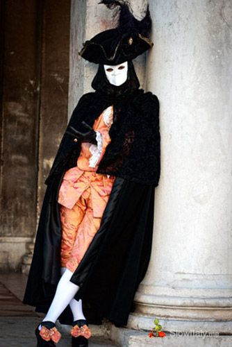 Bauta - italy carnival costumes | Carnival of Venice: history and meaning of the different types of ...