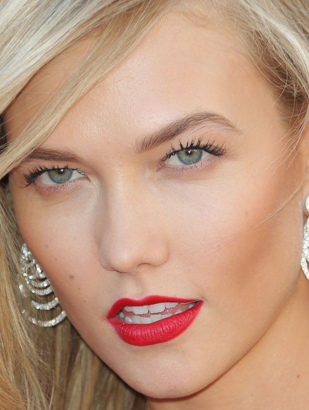 Close-up of Karlie Kloss at the 2015 Cannes premiere of 'Youth'. http://beautyeditor.ca/2015/05/26/cannes-2015