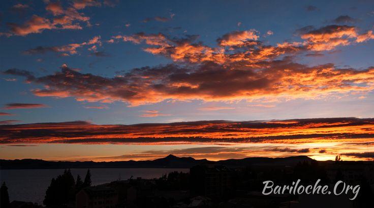 Buen Jueves! 2° la temperatura actual en Bariloche.  Para hoy se espera un día soleado y sin viento. Pronóstico Extendido: bariloche.org