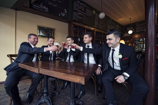 Tip: Speak to your wedding photographer about hiring a bar area - the perfect way to relax and celebrate with the bridal party #markjayphotography #sydneyweddngphotographer #groomsmen #groom