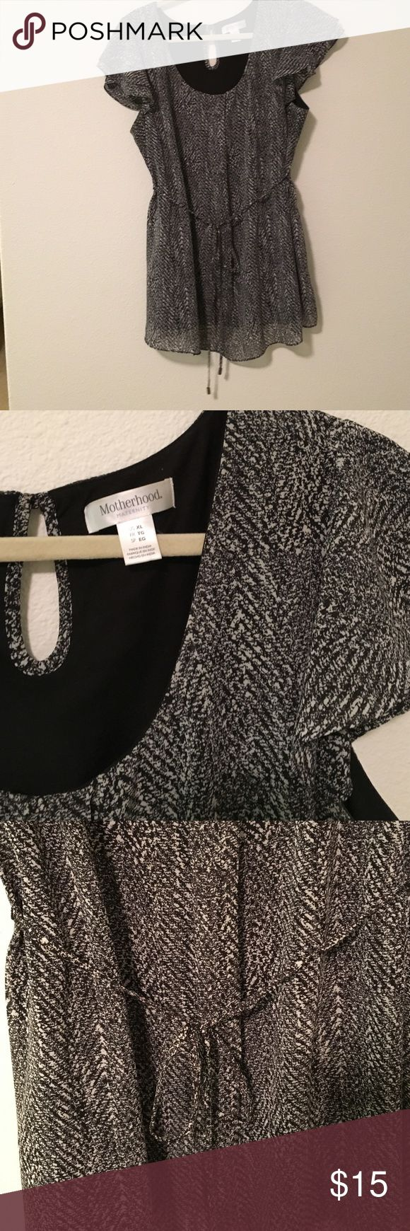 Motherhood Maternity blouse Motherhood Maternity blouse. Perfect for work and presentable. Keeps you cool, especially if you run hot, like I did in my third trimester, or pair with a colorful cardi ! EUC Motherhood Maternity Tops Blouses