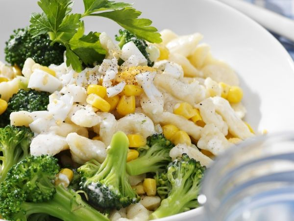 Pastasalade met broccoli - Libelle Lekker!