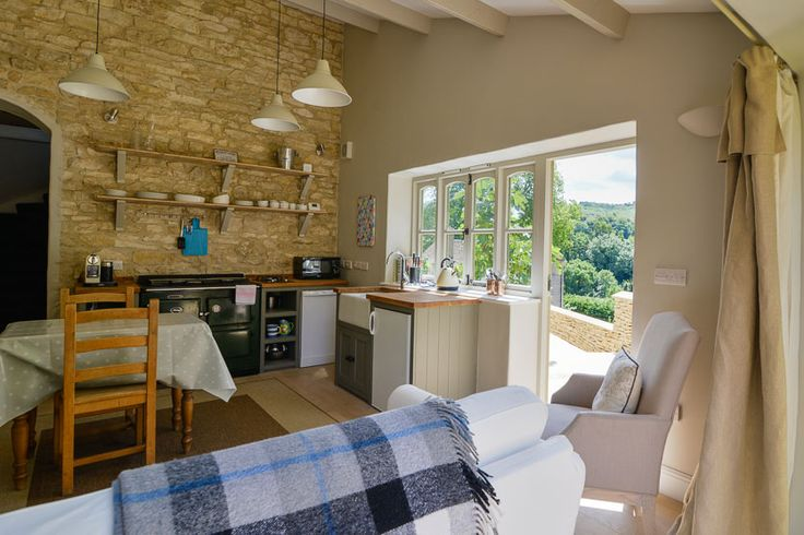 Pensile House Cottage - Stylish and romantic Cotswold cottage.