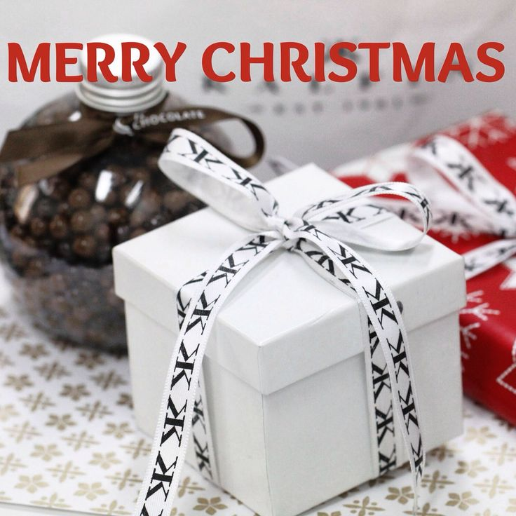 Merry Christmas to everyone #kalfinjewellery #jewellers#diamonds#diamondringsmelbourne#engagementringsmelbourne#cbdjewellers#melbourne#love#awesome#beauty#cool#picoftheday#wedding#fashionbloggers#instastyle#christmas#gifts#couture#luxury www.kalfin.com.au
