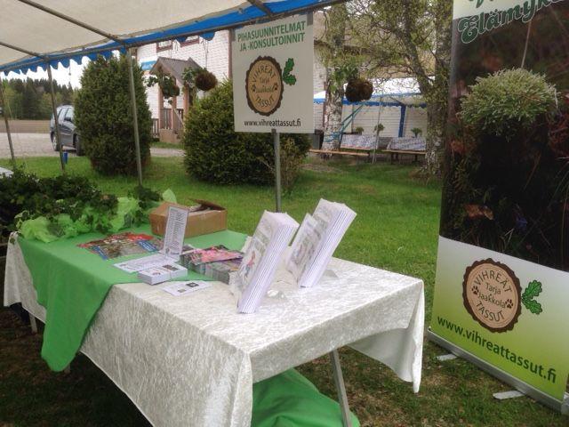 Letkun puutarhapäivän ständi Vihreät Tassut