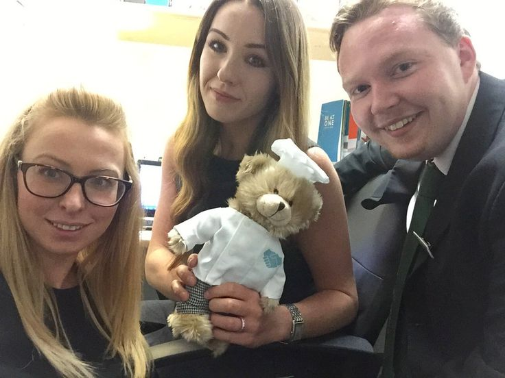 Days Inn Liverpool is a modern, contemporary hotel in the heart of Liverpool. With 154 spacious and luxurious rooms,a buffet breakfast, free Wifi and room service, Days Inn Liverpool will cater to all your needs. To celebrate service week, here's the Days In Liverpool team, complete with mascot Barry the Bear, with a very cute office selfie.
