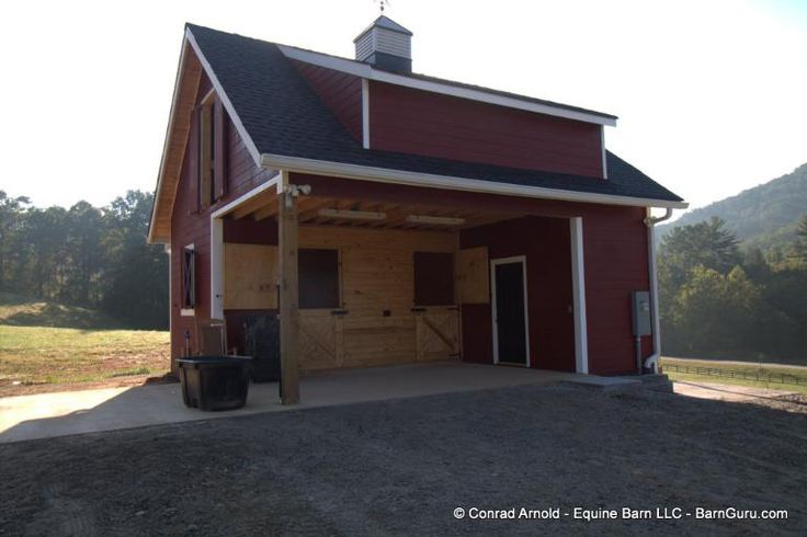 Best 25 horse barn designs ideas on pinterest horse for 2 stall horse barn kits