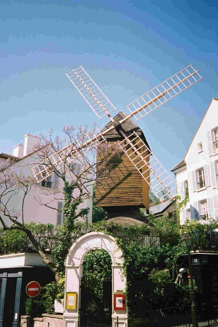 Restaurant Le Moulin De La Galette,  Montmatre, Paris, FRANCE.