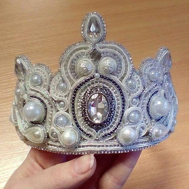 """А вот и корона)Зацените)Делалась специально для фотосессии в образе """"Снежная королева"""""""