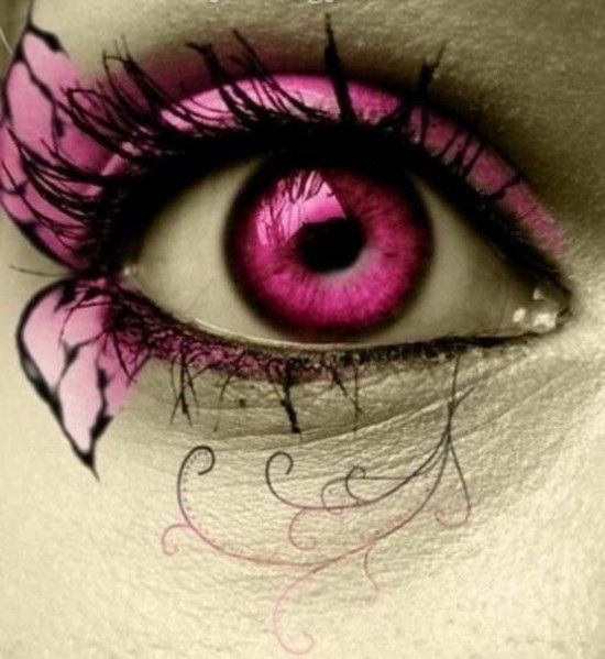 Cool eye makeup...