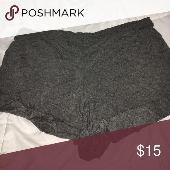 Brandy Melville Cloth Shorts Like New Condition- Waist Runs Big Brandy Melville Shorts