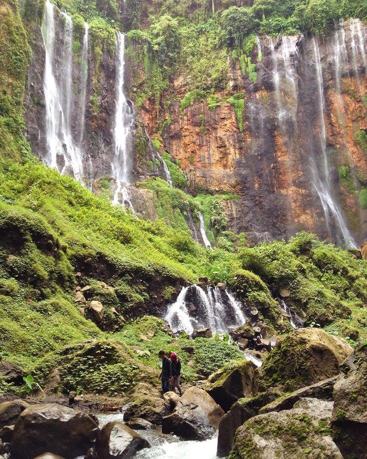 On instagram by sey.p #landscape #contratahotel (o) http://ift.tt/1JVevdj sejoli yg ga tau abis ngapain.. (Tumpak Sewu - Malang) #waterfall  #nature #iphonesia #instamalang #instanusantaramalang #instanusantara #dicoverindonesia #discovermalang #explorejatim #exploreindonesia #kofipon #coferone #nature #forest #adventure