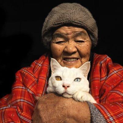 Miyoko Ihara and Fukumaru, the Cat