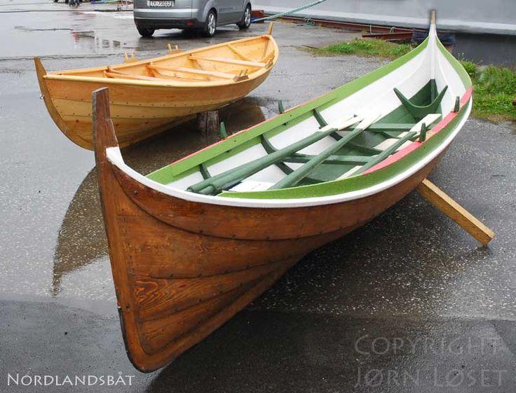 Vikingskip og norske trebåter - Viking ships and norse wooden boats.
