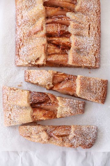 she who eats: gingerbread, pear and almond tart