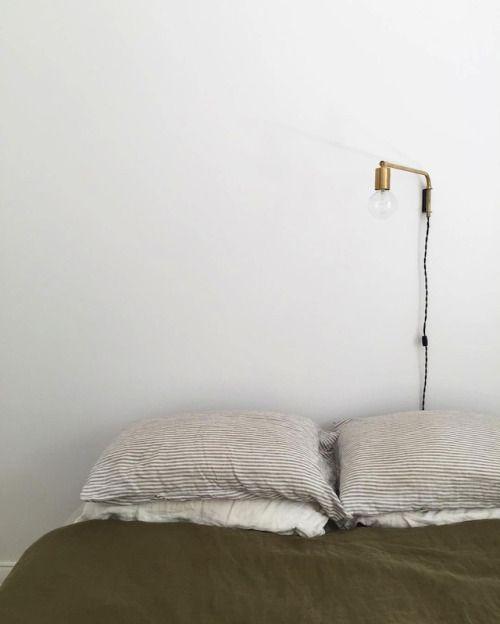 Aesence | Minimal Bedroom Styling | Simplicity & Minimalism