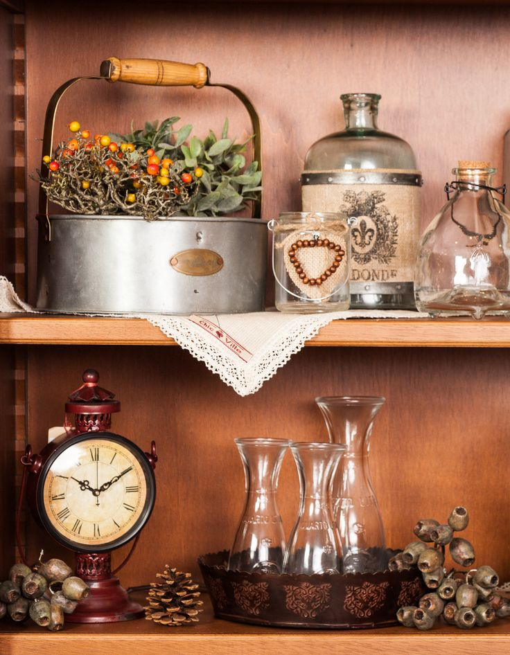 Cottage Room Decorations - Embrace Country Rustic design - Let the holidays begin