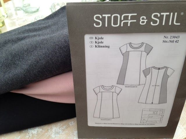 Karen Klarbæks Verden: Sy selv ny kjole til under 200 Kr. Str 38 svarer til 42 i ribstoffet Lav med lange ærmer