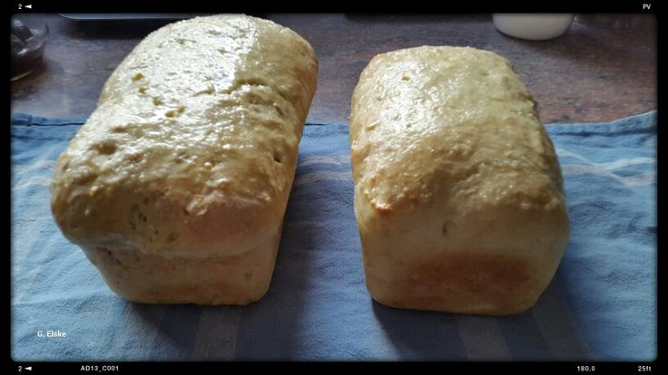 Yummy #homebaked #bread just out of the oven. #chef Charlise ' special #recipe.  Being served @MtViewManor in #Hermanus