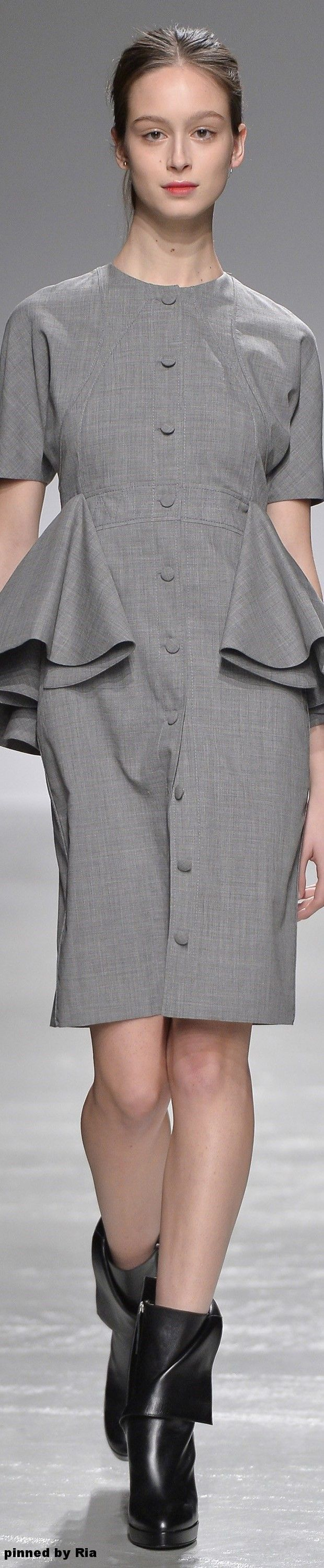 Guy Laroche Fall 2016 RTW l Ria