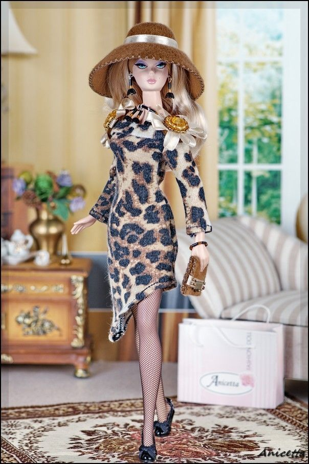 Anicetta OOAK fashion for Silkstone Barbie, Fashion Royalty,