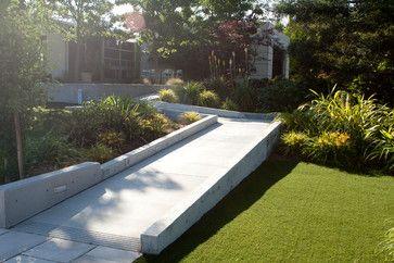 contemporary entry by Design Focus Int'l Landscape Architecture  Build