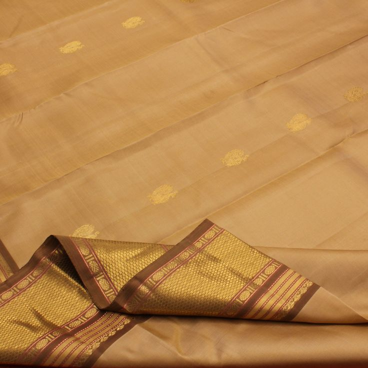 Sarangi Handwoven Kanjivaram Silk Sari - 580125962 from Sarangi * Feel Beautiful