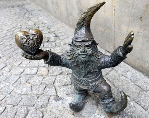 A friendly, happy gnome in Wrocław, Poland  Krasnoludek wrocławski  Wrocław, Polska