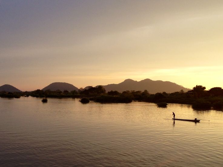 Days 58-59: Don det, Laos. 4000 islands.