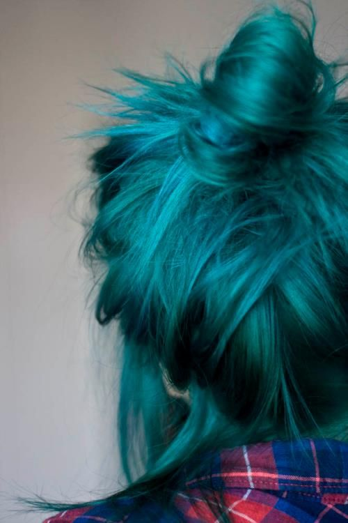 Blue Hair. I so wish I could do something like this.